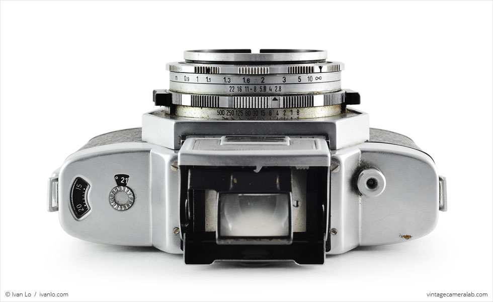 Agfa Flexilette (top view, viewfinder open, magnifier engaged)