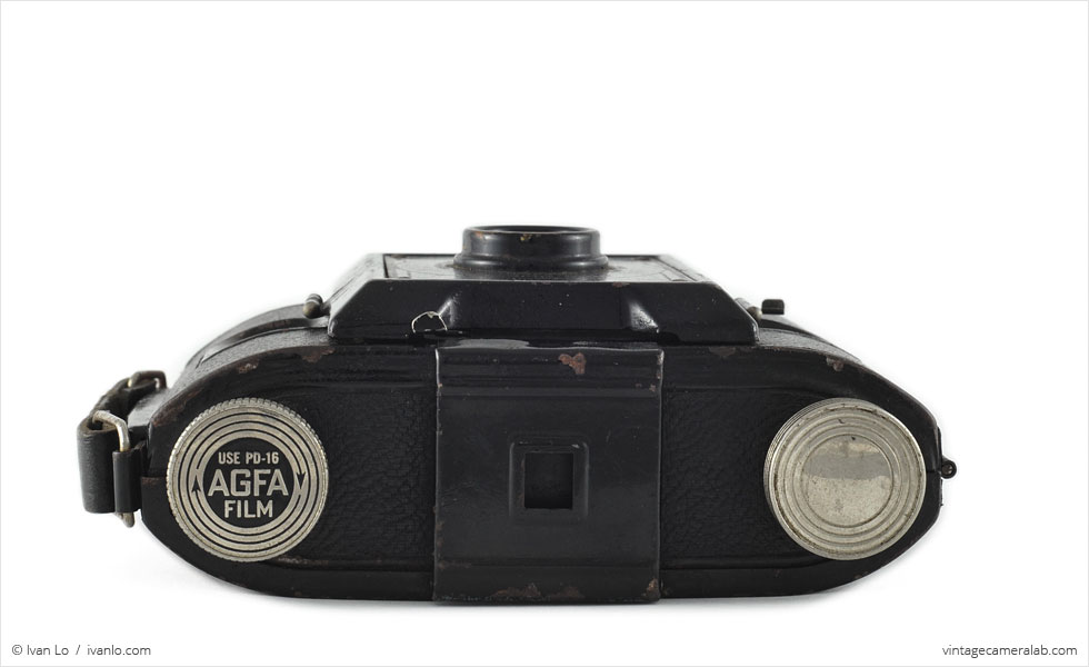 Agfa PD16 Clipper (top view, lens retracted)