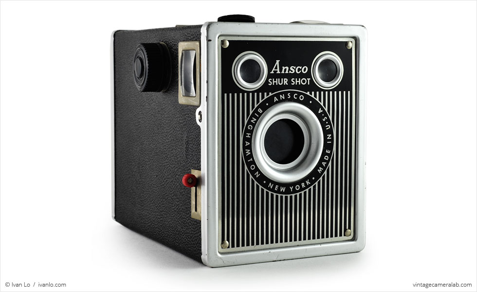 Ansco Shur-Shot (three quarters)