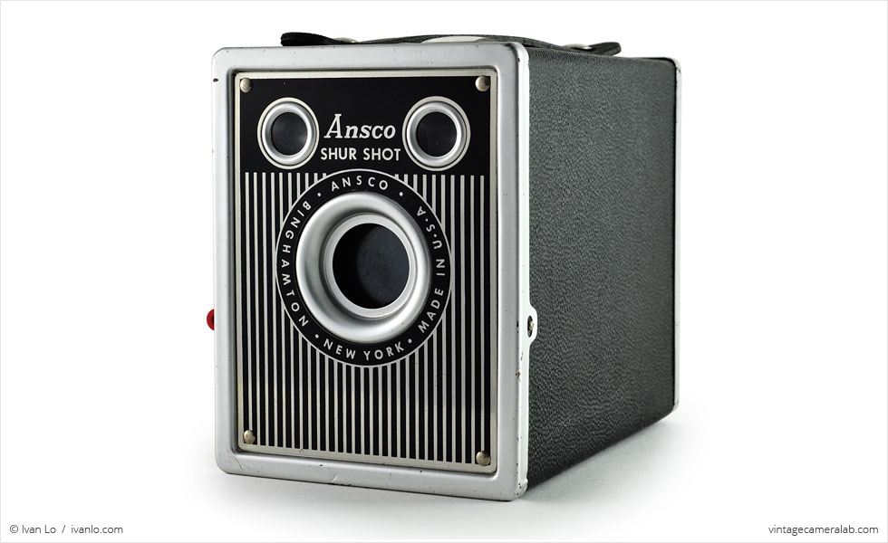 Ansco Shur-Shot (three quarters)
