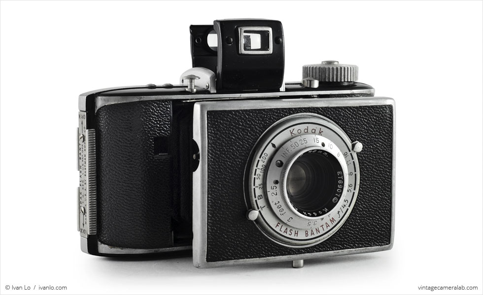 Kodak Flash Bantam (three quarters, open)