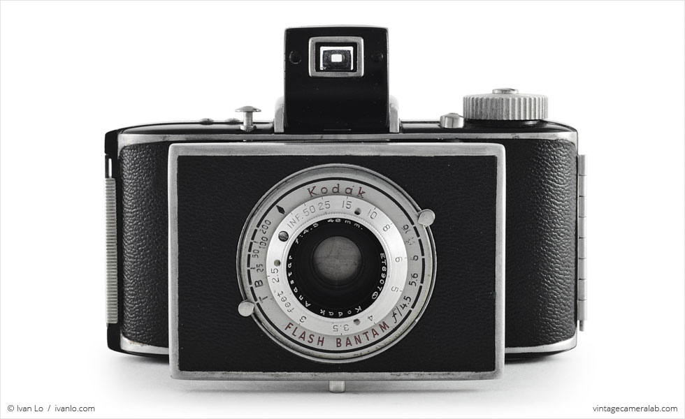 Kodak Flash Bantam (front view, open)