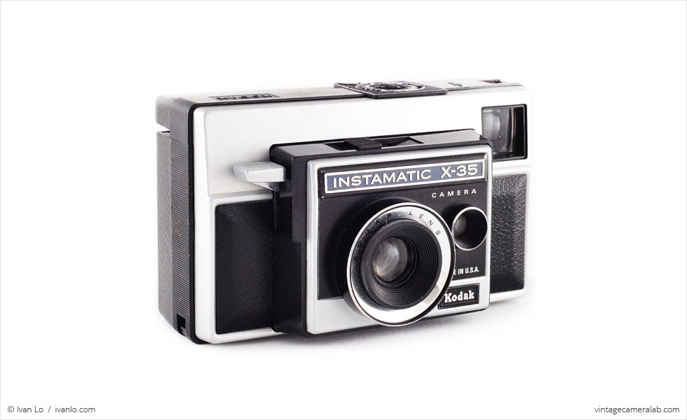 Kodak Instamatic X-35 (three quarters)