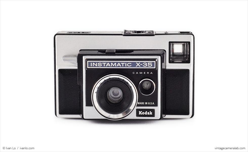 Kodak Instamatic X-35 (front view)