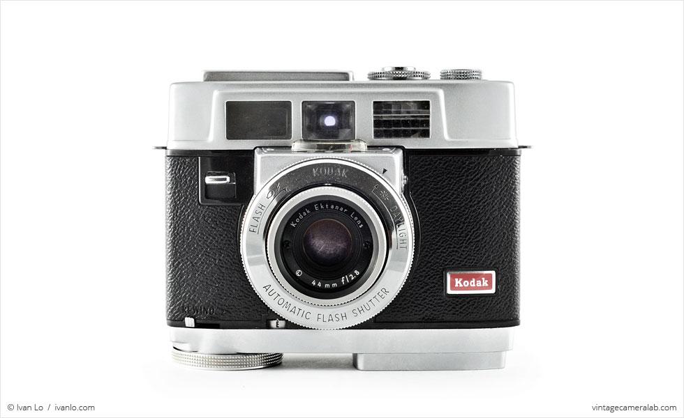 Kodak Motormatic 35F (front view)