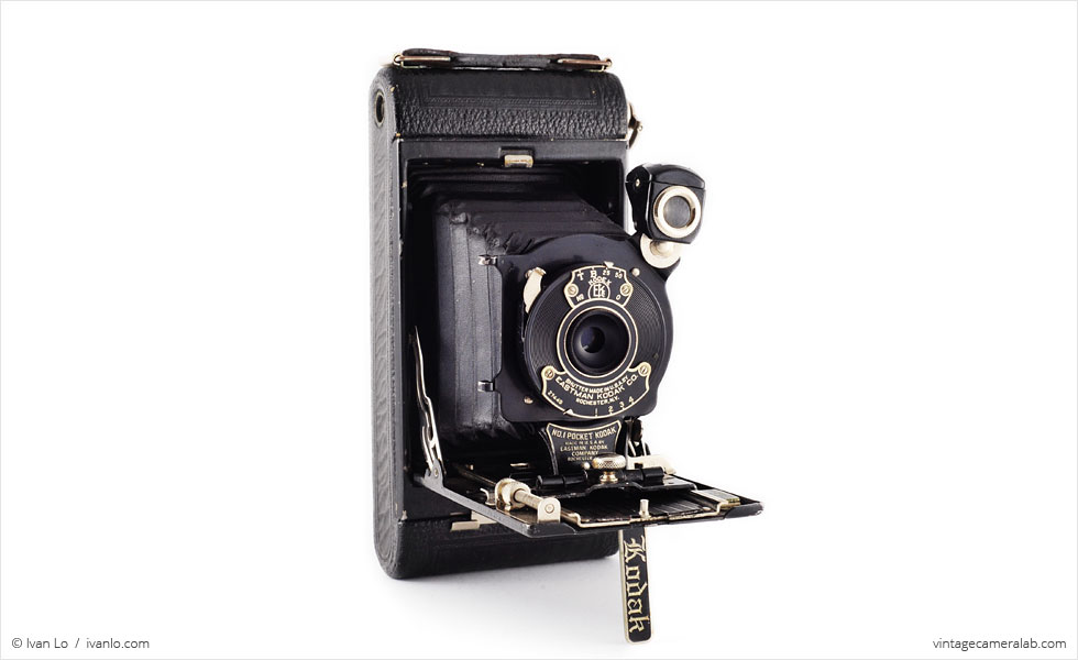 No.1 Pocket Kodak (three quarters, open)