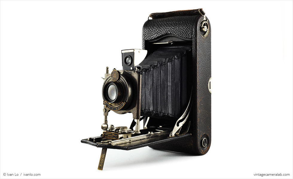 Kodak No.3A Autographic (three quarters, open)