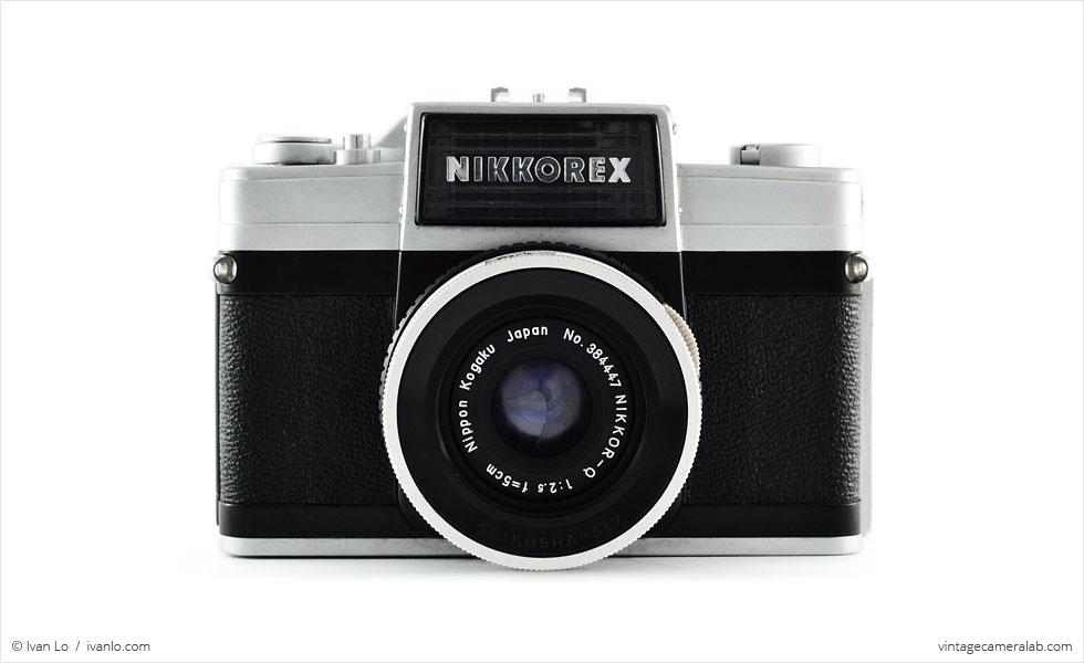 Nikon Nikkorex 35 II (front view)