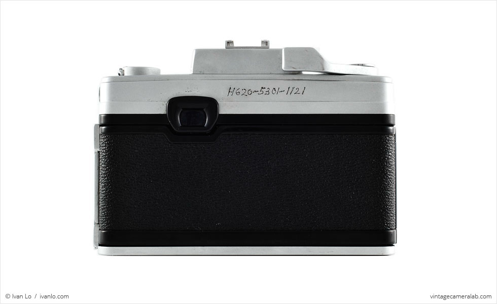 Nikon Nikkorex 35 II (rear view)