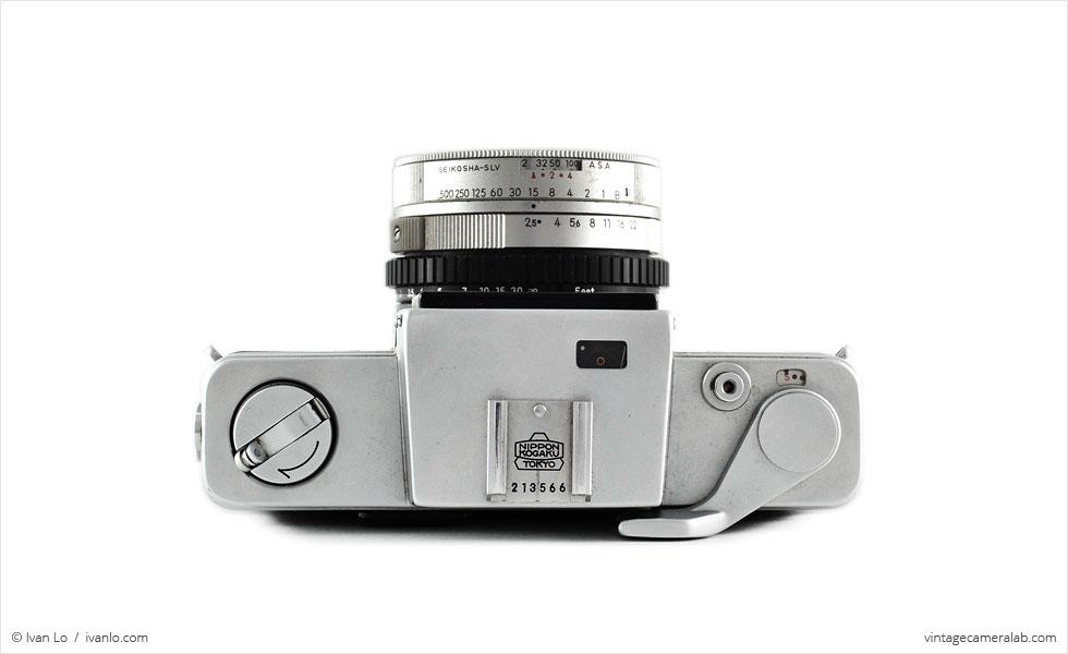 Nikon Nikkorex 35 II (top view)