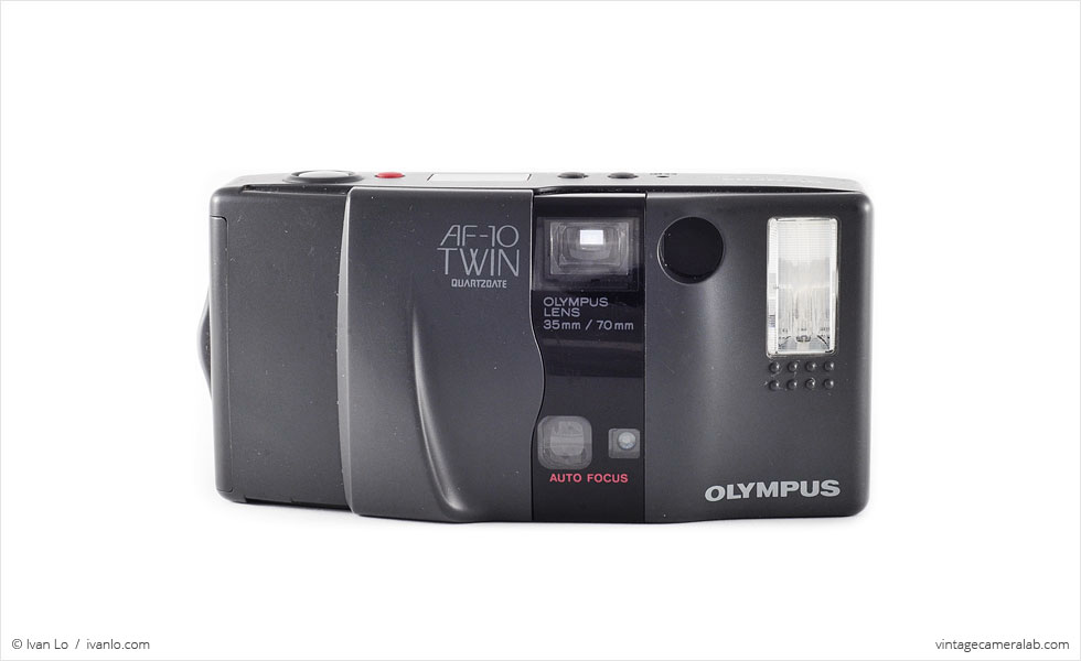 Olympus AF-10 Twin (front view, closed)
