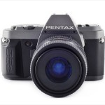 Pentax P30T (front view, with Pentax 35-80mm f/4.0-5.6 lens)