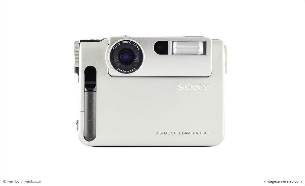 Sony DSC-F1 (front view)