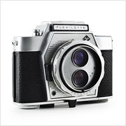 Read about the Agfa Flexilette camera on Vintage Camera Lab