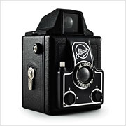 Read about the Altissa Box camera on Vintage Camera Lab