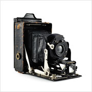 Read about the Ernemann Heag XV camera on Vintage Camera Lab