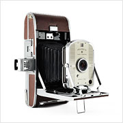 Read about the Polaroid Land Model 95A camera on Vintage Camera Lab