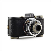 Read about the Spartus 35F camera on Vintage Camera Lab