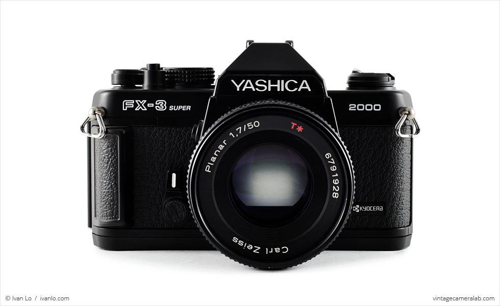 Yashica FX-3 Super 2000 (front view, with Carl Zeiss Planar T* 50mm f/1.7)