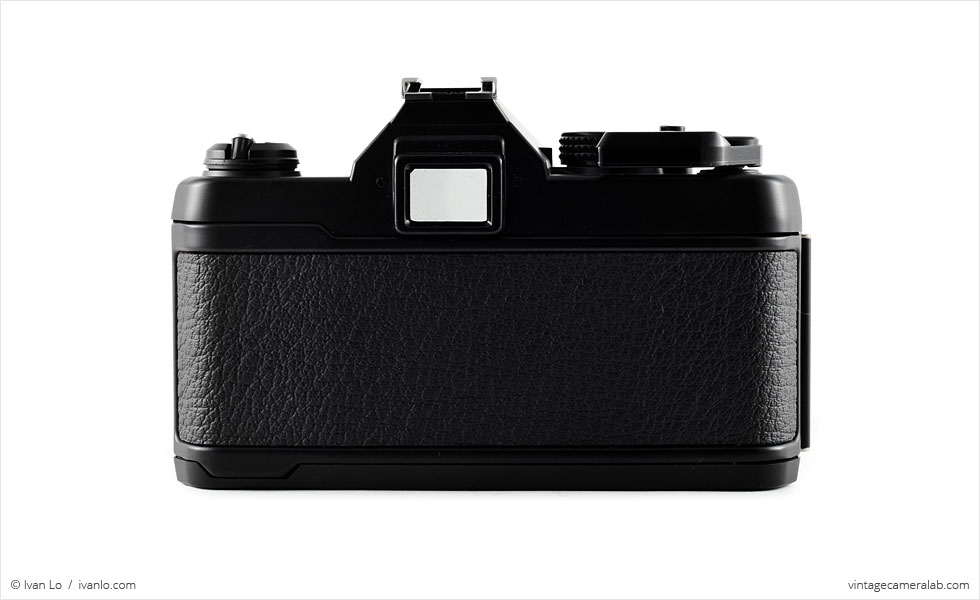 Yashica FX-3 Super 2000 (rear view)
