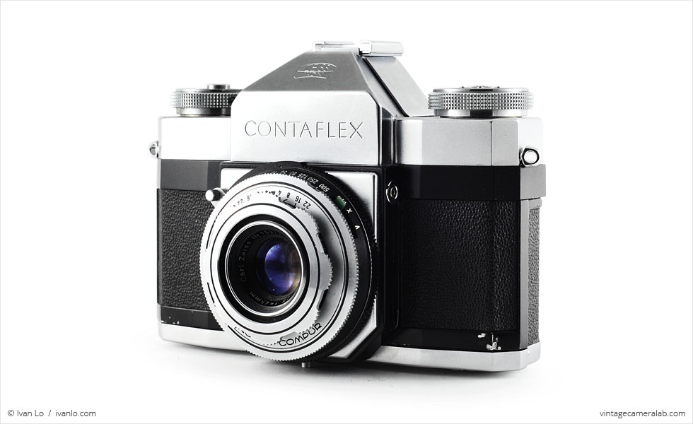 Zeiss Ikon Contaflex I (three quarters)