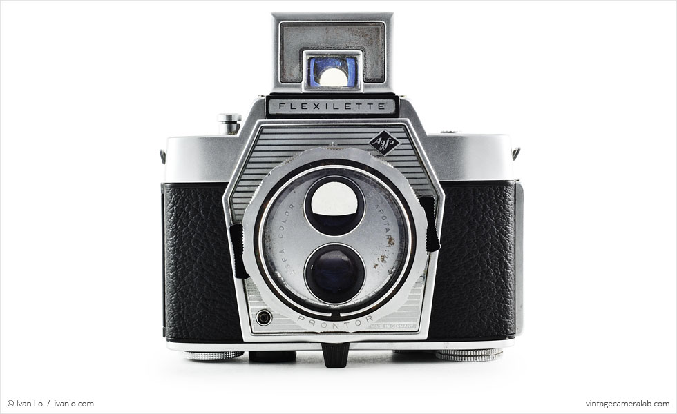 Agfa Flexilette (front view, viewfinder open)
