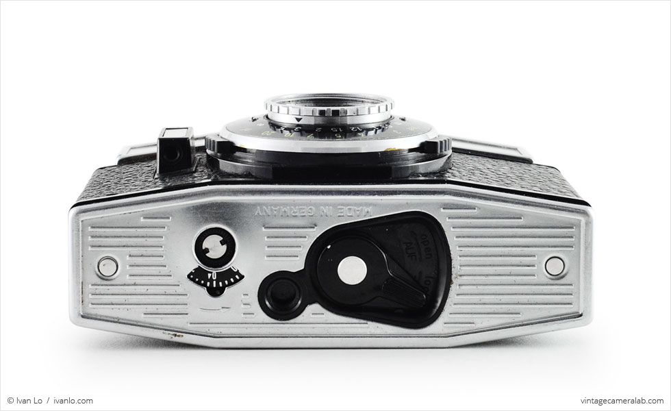 Agfa Parat-I (bottom view)