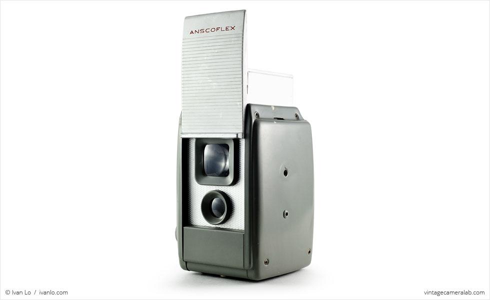Ansco Anscoflex (three quarters, viewfinder open)