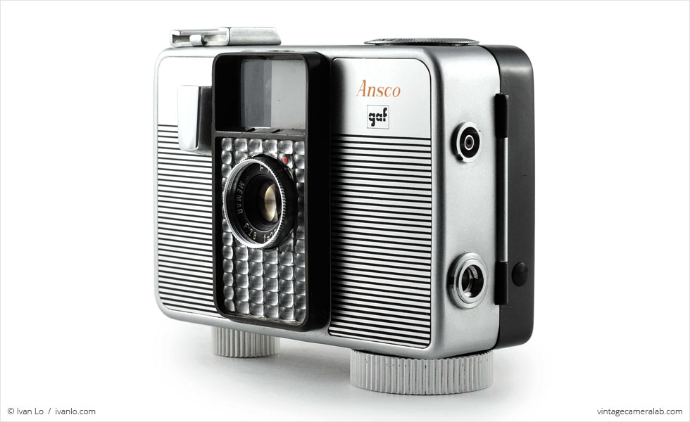 Ansco Memo II Automatic (three-quarter view)