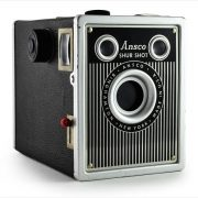 Ansco Shur-Shot (three-quarter view)