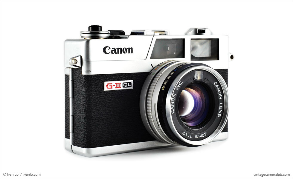 Canon Canonet QL17 G-III (three-quarter view)