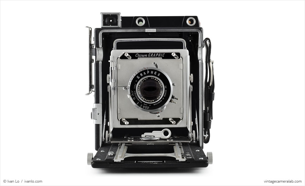 Graflex Crown Graphic (front view, open)