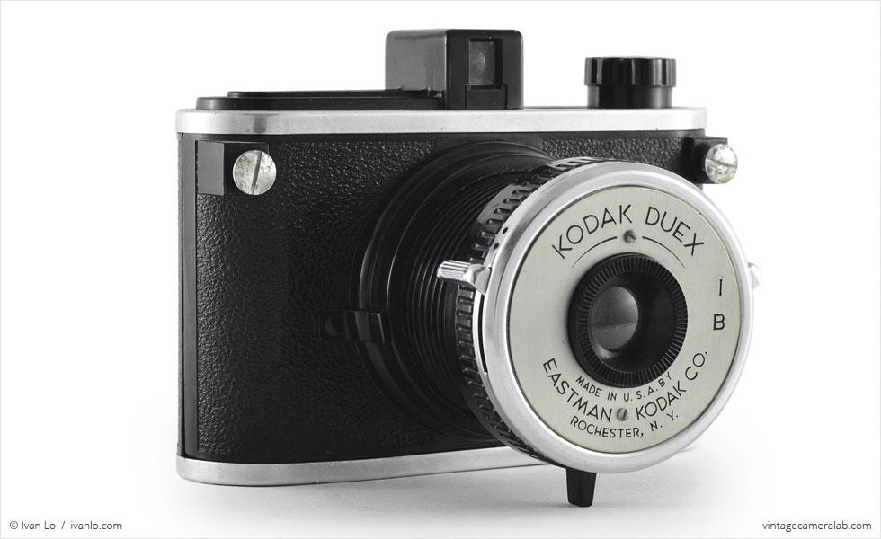 Kodak Duex (three-quarter view, lens open)