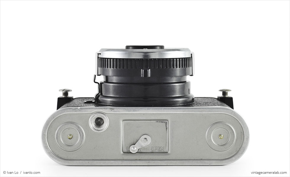 Kodak Duex (bottom view)