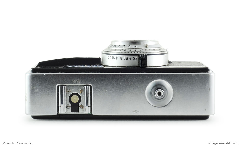 Kodak Instamatic 500 (top view, lens retracted)