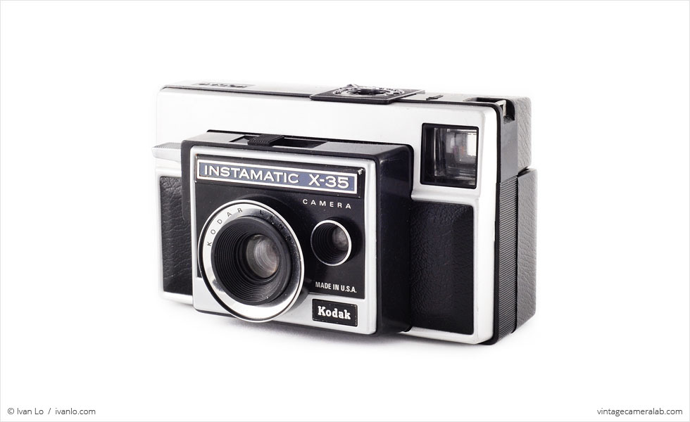 Kodak Instamatic X-35 (three-quarter view)