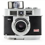 Kodak Motormatic 35F (front view, flash open)