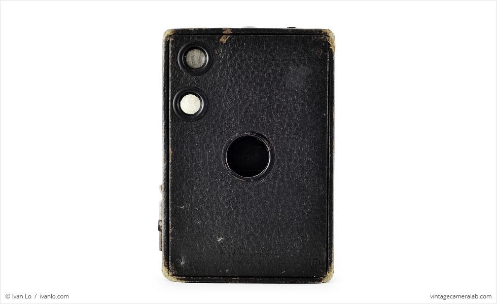 Kodak No. 2A Brownie Model B (front view)