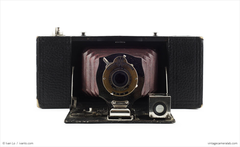 Kodak No. 2A Folding Pocket Brownie (front view, open)