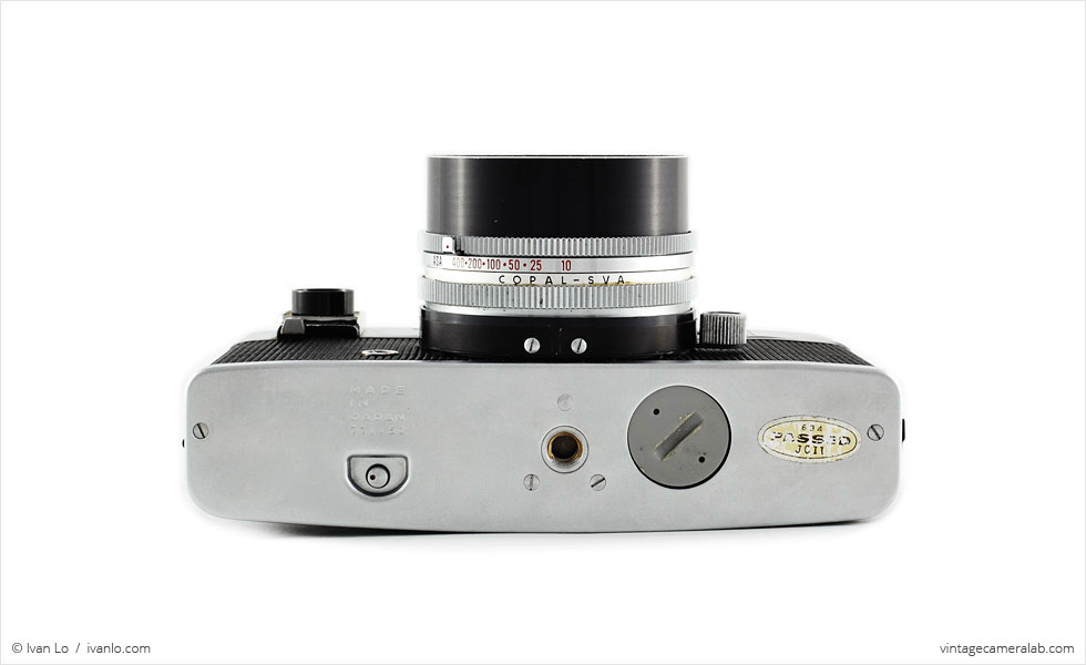 Konica Auto S (bottom view)