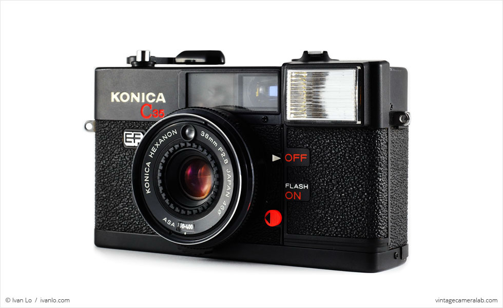 Konica C35 EF (three quarters)