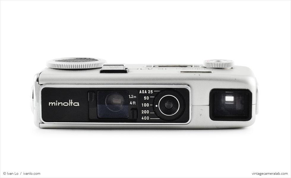 Minolta-16 MG-S (front view, closeup filter engaged)