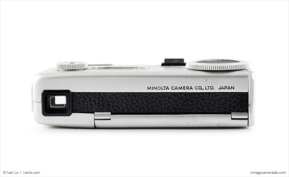 Minolta-16 MG-S (rear view)