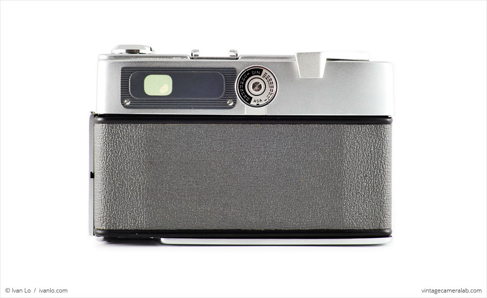 Minolta Hi-Matic (rear view)