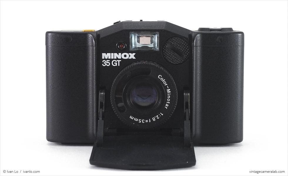 Minox 35 GT (front view, open)