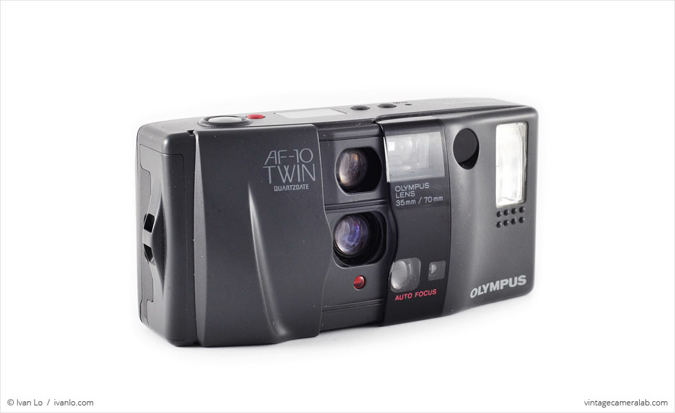 Olympus AF-10 Twin (three quarters, open)
