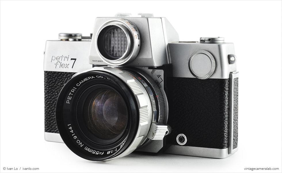 Petri Flex 7 (three quarters, with Petri Automatic 55mm f/1.8}