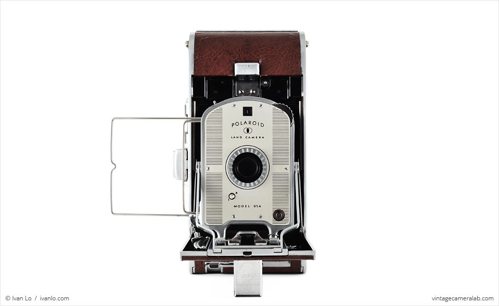 Polaroid Land Model 95A (front view, open, wire frame finder up)