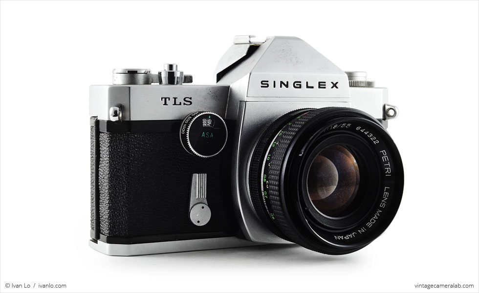 Ricoh Singlex TLS (three quarters, with Petri C.C Auto 55mm f/1.8)