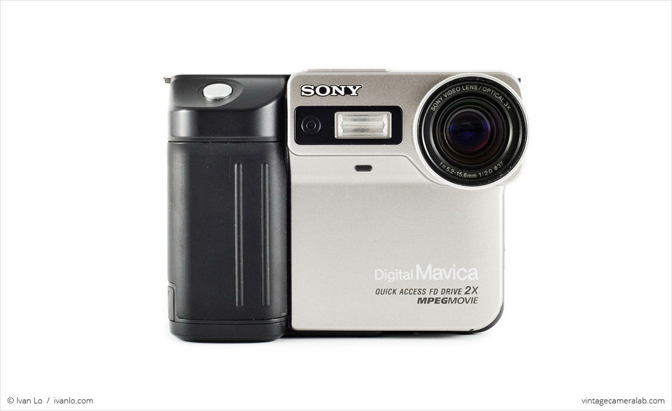 Sony Digital Mavica FD-81 (front view)